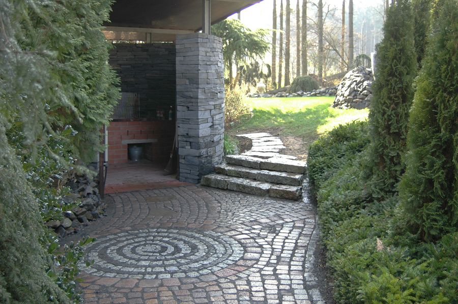 Privatkunden landschaftsbau nickel for Garteneingang gestalten
