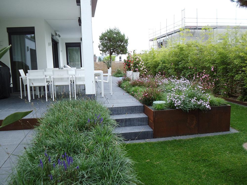 privatkunden landschaftsbau nickel. Black Bedroom Furniture Sets. Home Design Ideas